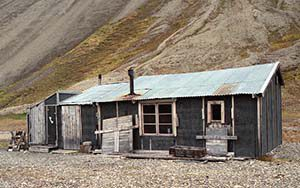 Skansebukta - Eine verlassene Mine