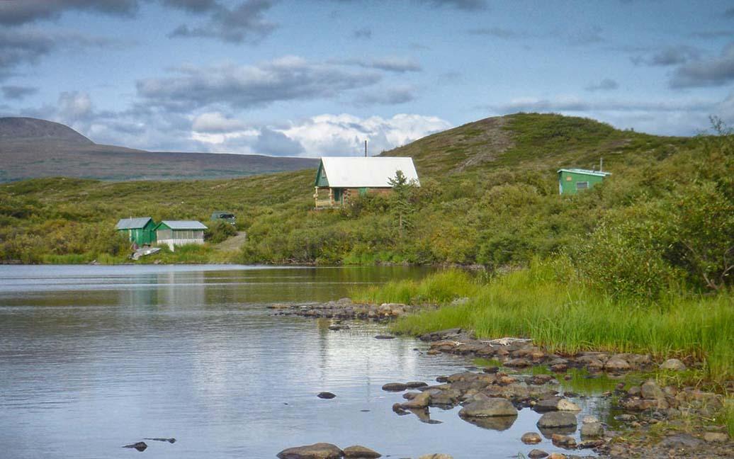 Kayaking auf dem Tangle Lake – Das Tangle River Inn