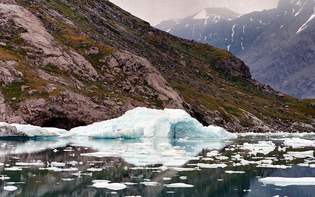 Narsarsuaq – im Eriksfjord zwischen Eisbergen