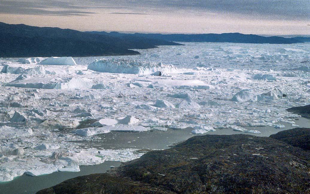 Flug von Nuuk über Kangerlussuaq nach Ilulissat