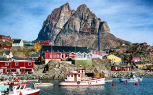 Uummannaq - Welcome in Santas Vacation Paradise